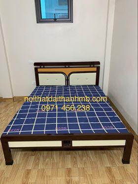 Giường sắt kiểu gỗ Đại Thành 1M6X2M